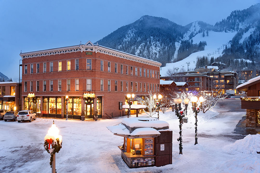 Aspen: Independence Square Hotel