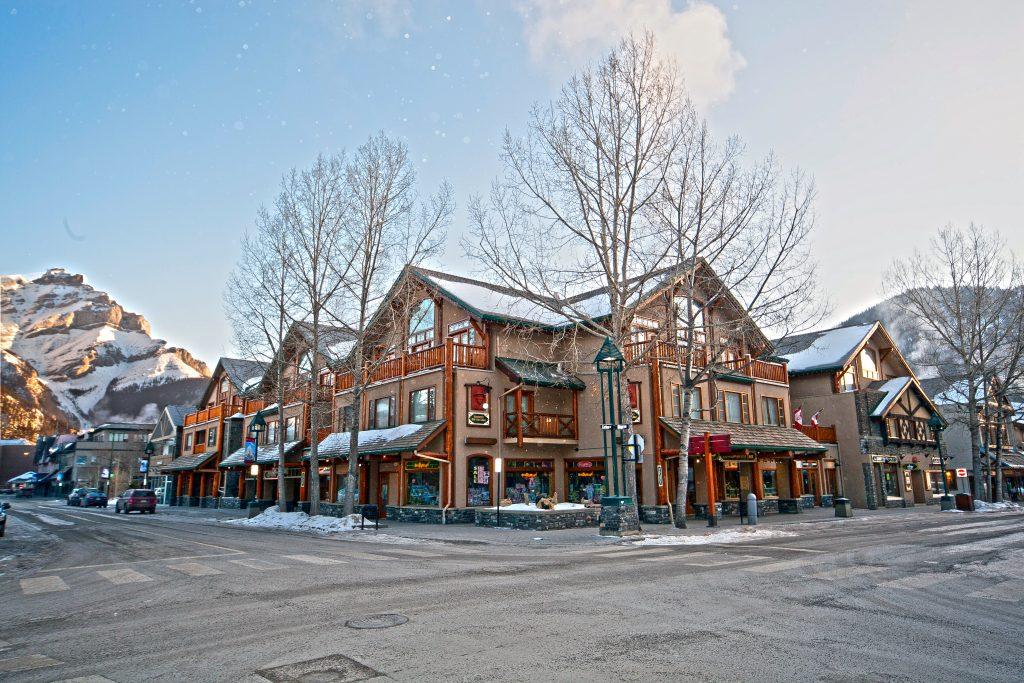 Banff: Brewster's Mountain Lodge