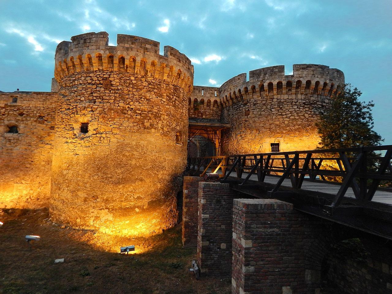 Preciosos Balcanes (de Zagreb ao Belgrado)