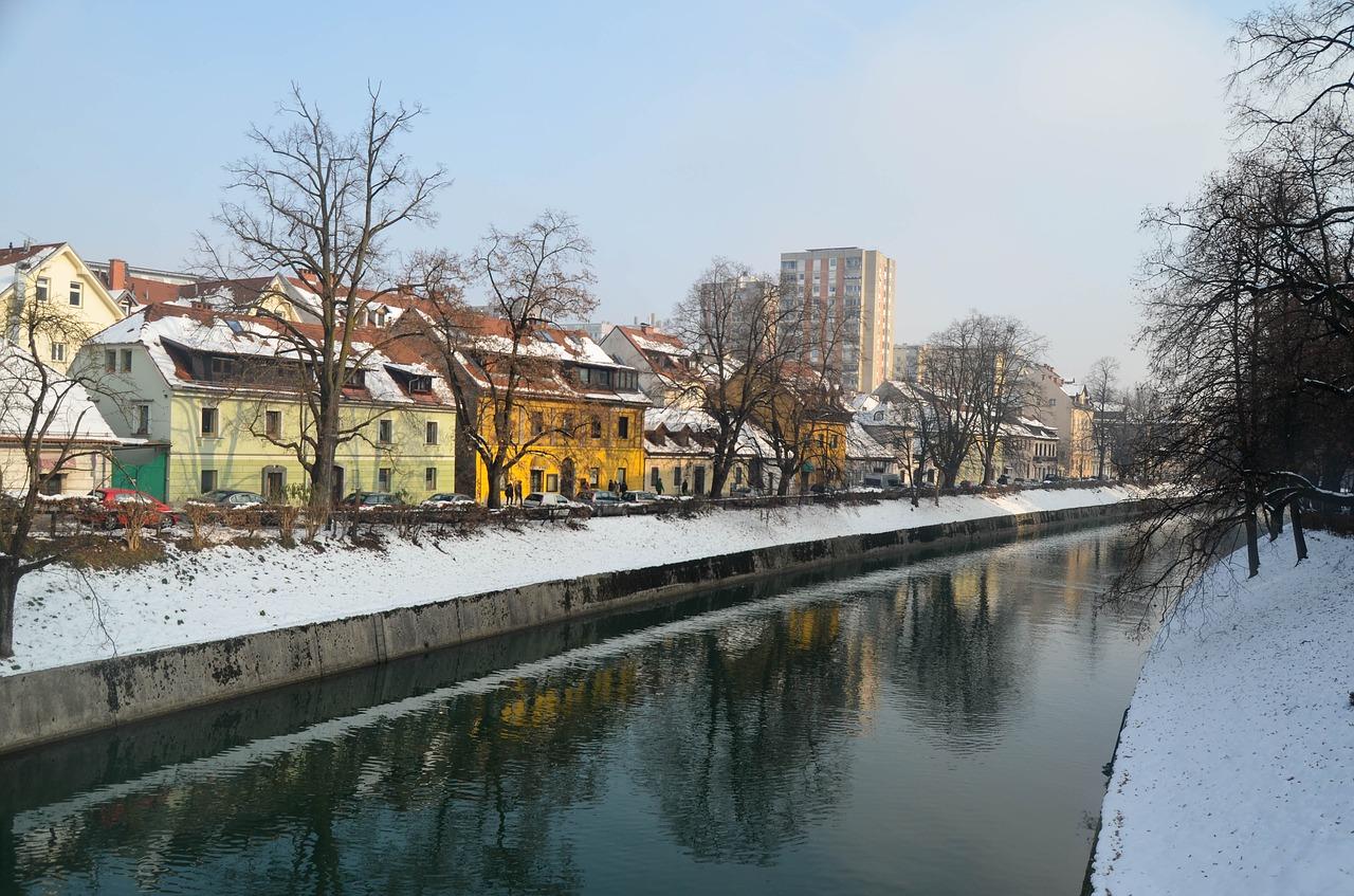 Grande Tour dos Balcãs )de Ljubjiana a Belgrado via Bósnia)