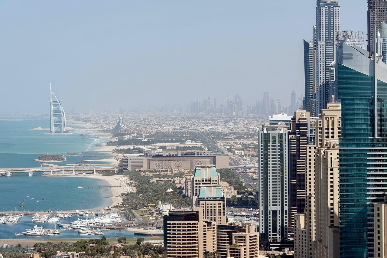 Stop em Dubai
