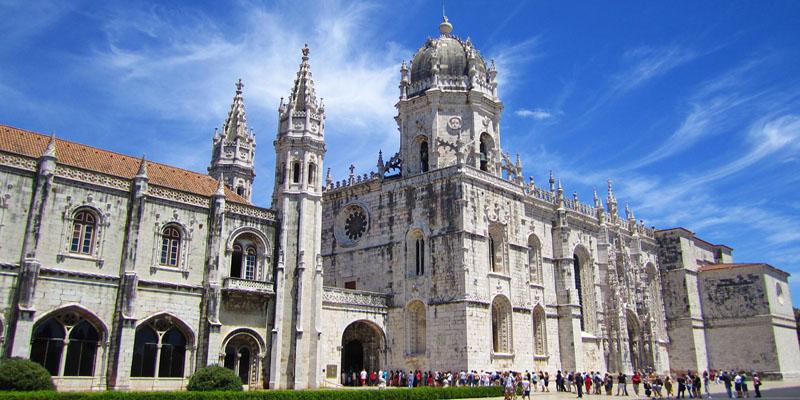 Santuários Marianos na Europa (Portugal, Espanha e França)